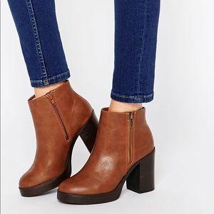 New Look Chunky Heeled Boot